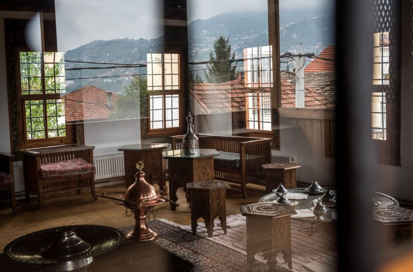 KARAHASAN: Bosanska kuća je poput glavice crvenog luka