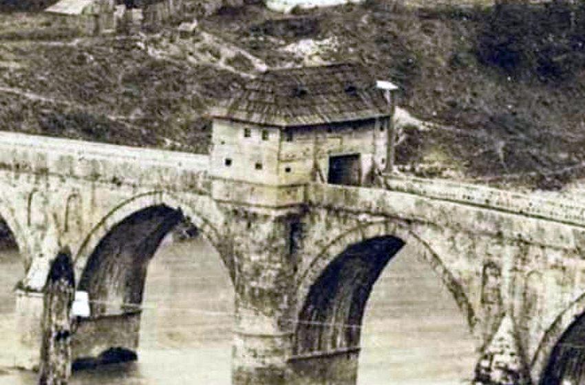 Rijetka fotografija Višegradskog mosta