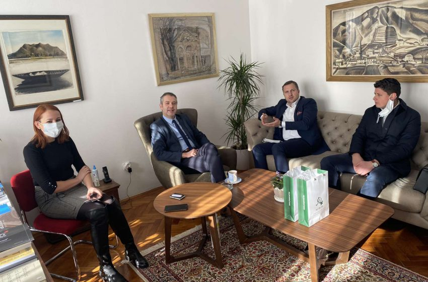 "Gradonačelnik Sarajeva Abdulah Skaka posjetio BZK ""Preporod"""
