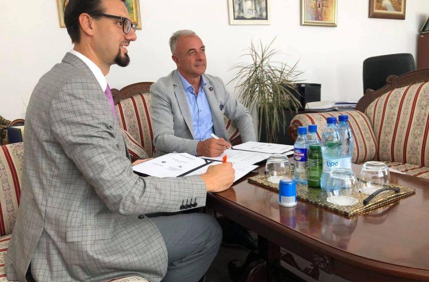 """Potpisan Protokol o saradnji između BZK """"Preporod"""" Gradsko društvo Zenica i Univerziteta u Zenici"""