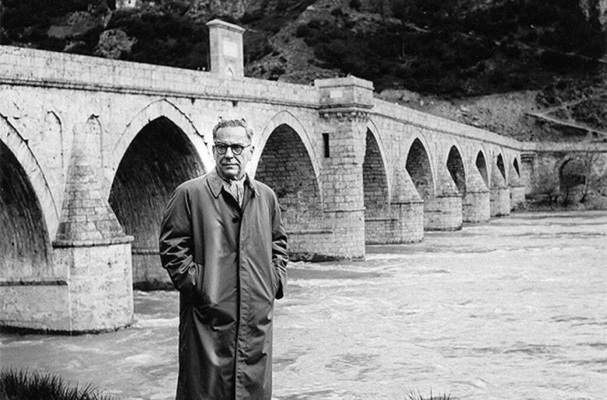 """""""Zanos i stradanje"""": Sarajevski atentat i njegovi odjeci u književnom djelu Ive Andrića"""